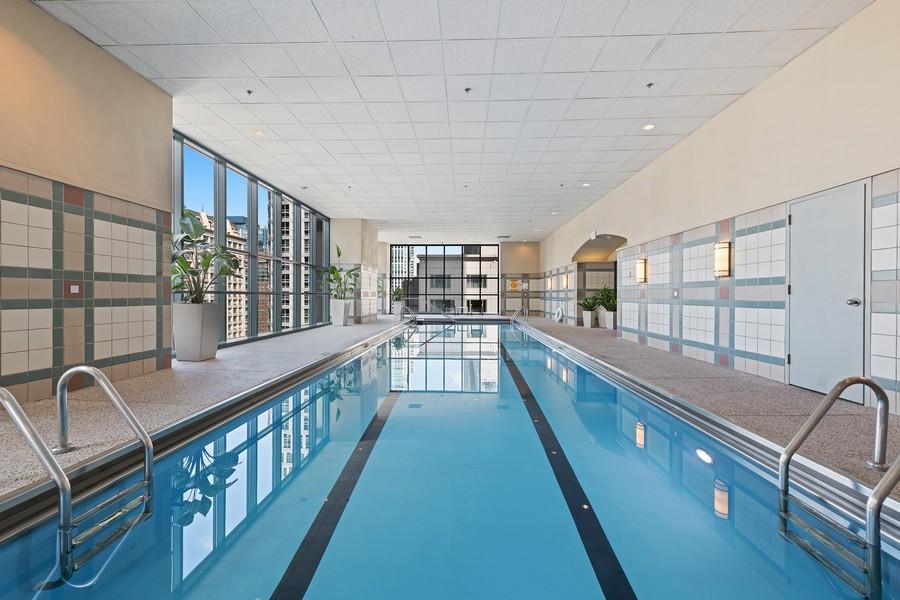 Real Estate Photography - 100 E Huron, 3702, Chicago, IL, 60611 - Pool