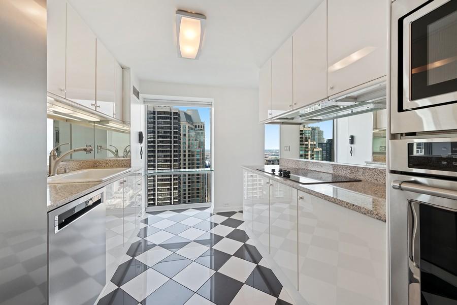 Real Estate Photography - 100 E Huron, 3702, Chicago, IL, 60611 - Kitchen