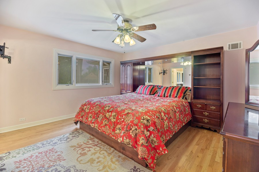 Real Estate Photography - 2316 Sumac Circle, Glenview, IL, 60025 - Master Bedroom