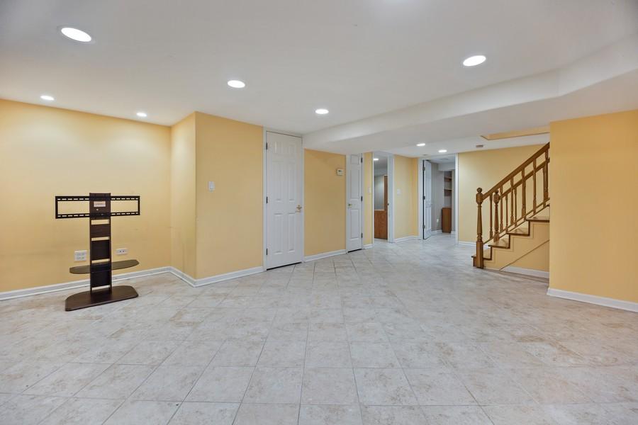 Real Estate Photography - 2316 Sumac Circle, Glenview, IL, 60025 - Basement