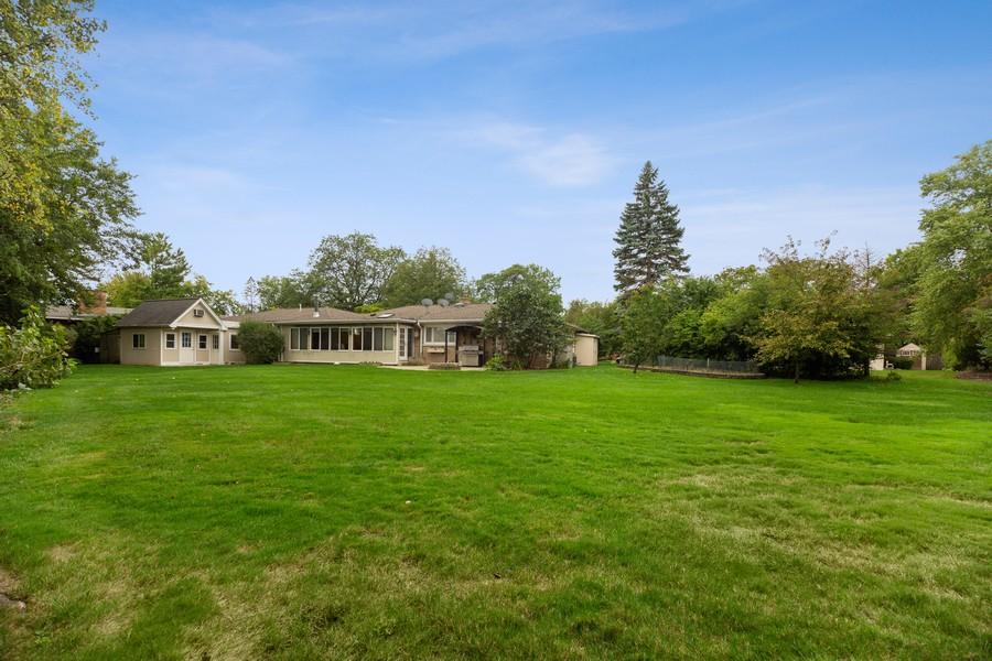 Real Estate Photography - 2316 Sumac Circle, Glenview, IL, 60025 - Back Yard