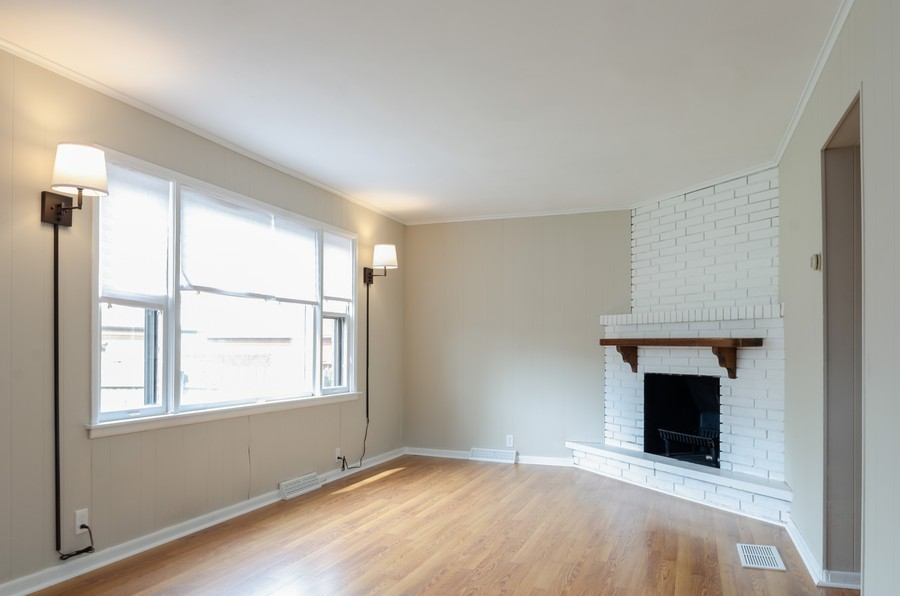 Real Estate Photography - 10758 Homan, Chicago, IL, 60655 - Family Room