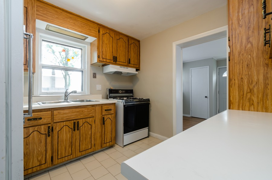 Real Estate Photography - 10758 Homan, Chicago, IL, 60655 - Kitchen