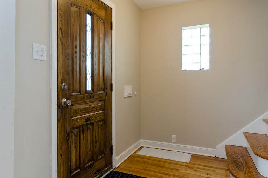 Real Estate Photography - 10758 Homan, Chicago, IL, 60655 - Entryway
