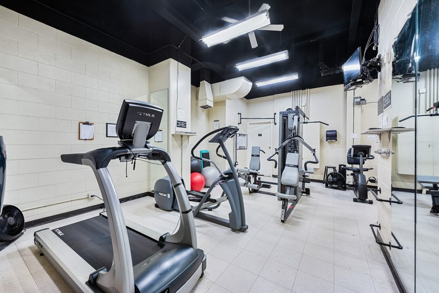 Real Estate Photography - 1310 Ritchie Court, 10B, Chicago, IL, 60610 - Gym