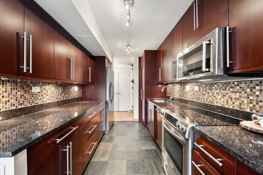 Real Estate Photography - 1310 Ritchie Court, 10B, Chicago, IL, 60610 - Kitchen