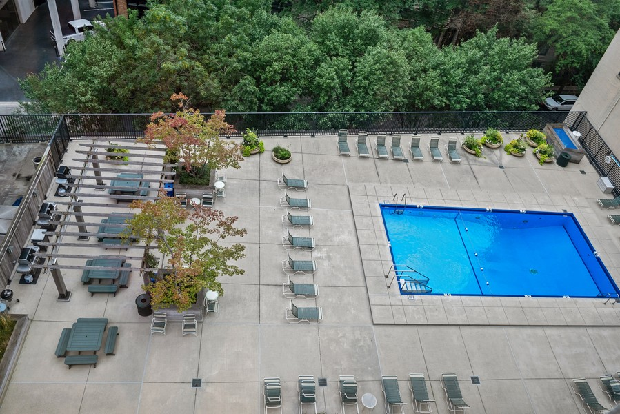 Real Estate Photography - 1310 Ritchie Court, 10B, Chicago, IL, 60610 - Pool