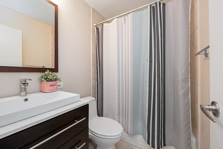 Real Estate Photography - 1310 Ritchie Court, 10B, Chicago, IL, 60610 - 2nd Bathroom