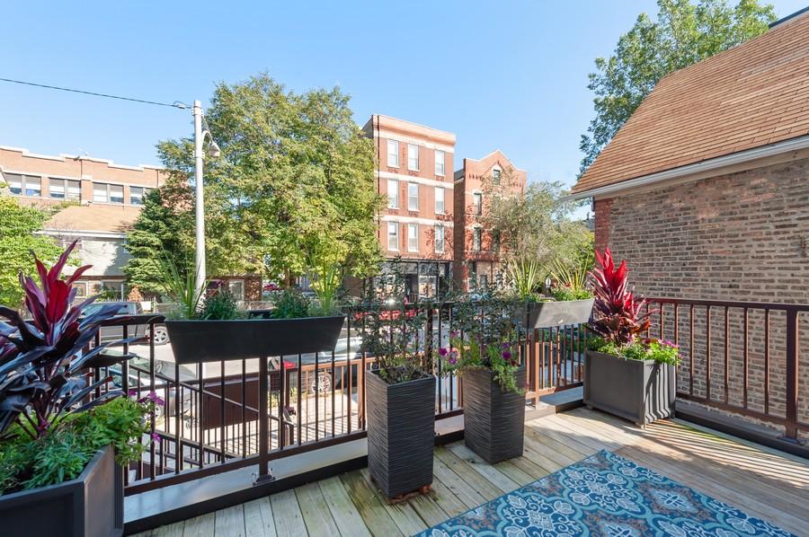 Real Estate Photography - 1441 W. Blackhawk #1E, Chicago, IL, 60642 - Balcony