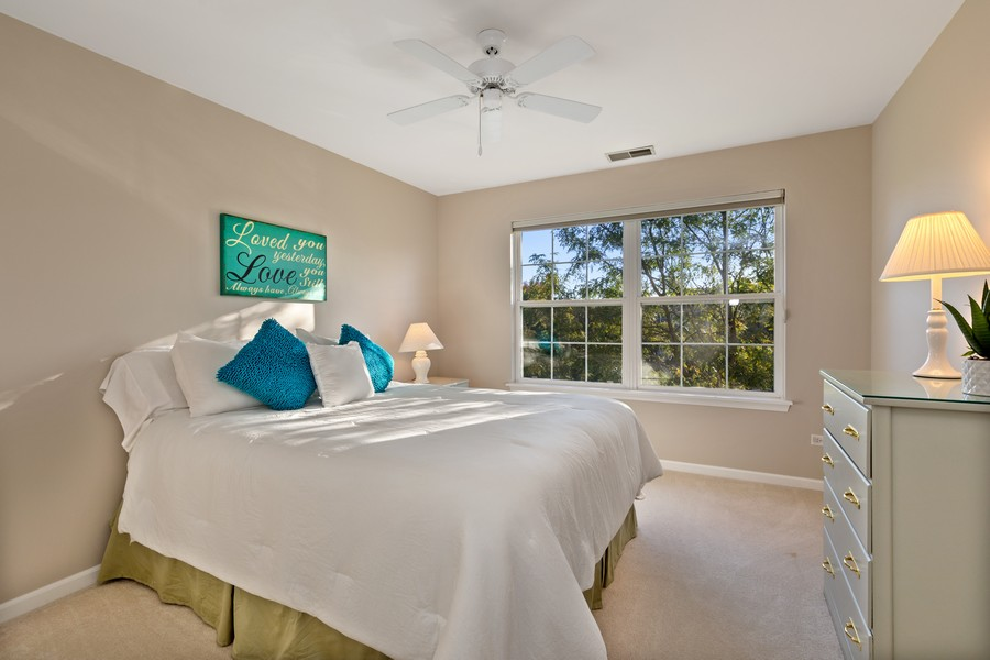 Real Estate Photography - 6211 Edgebrook Lane West, Indian Head Park, IL, 60525 - Sunny Second Bedroom