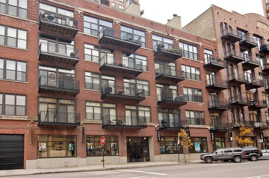 Real Estate Photography - 375 W Erie St, Unit 423, Chicago, IL, 60654 - Front View