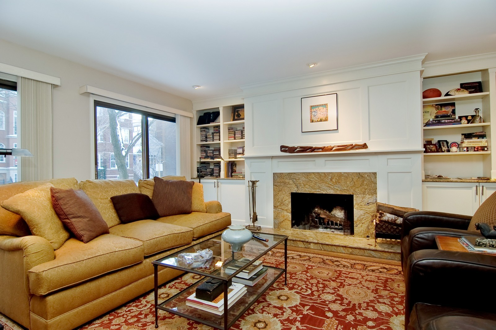 Real Estate Photography - 826 W Wolfram St, Chicago, IL, 60657 - Living Room
