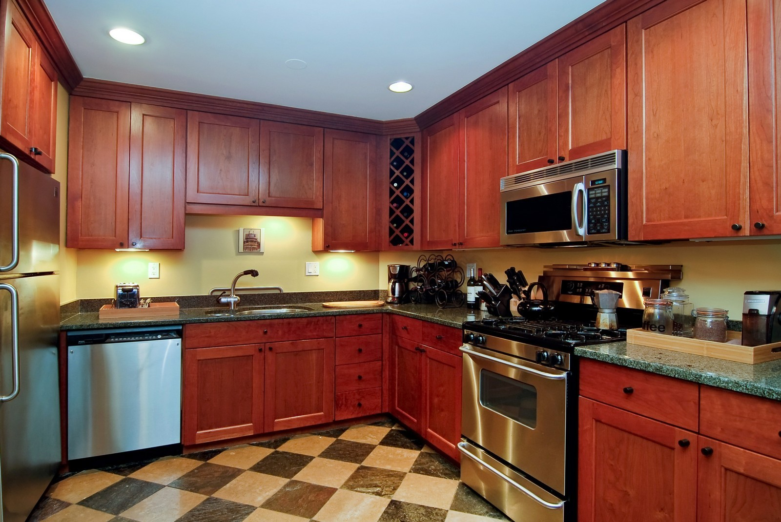 Real Estate Photography - 826 W Wolfram St, Chicago, IL, 60657 - Kitchen