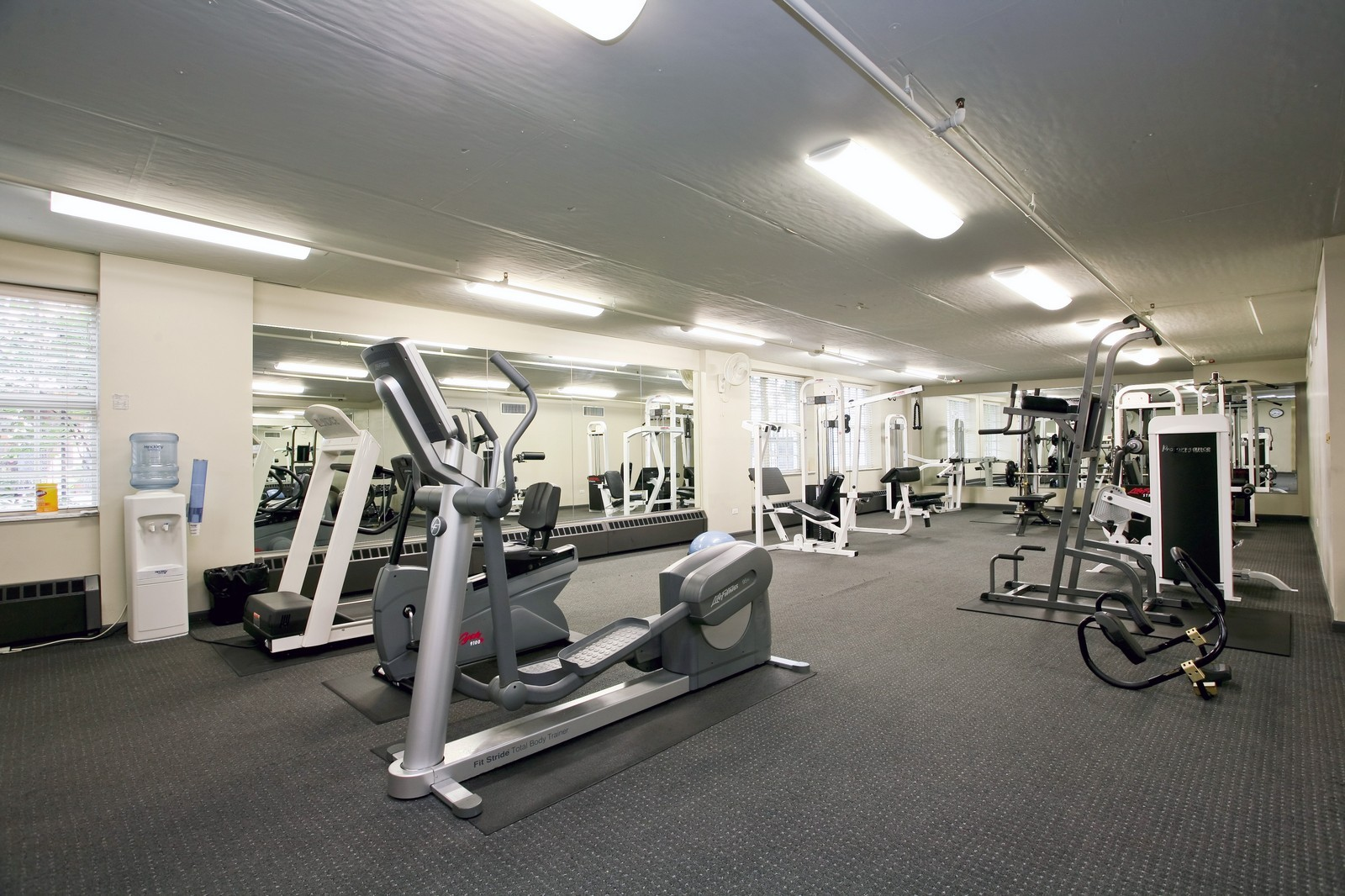 Real Estate Photography - 21 W Chestnut, Unit 809, Chicago, IL, 60610 - Gym