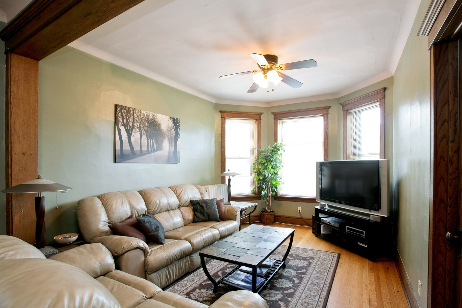 Real Estate Photography - 4113 N Ashland, Chicago, IL, 60613 - Living Room