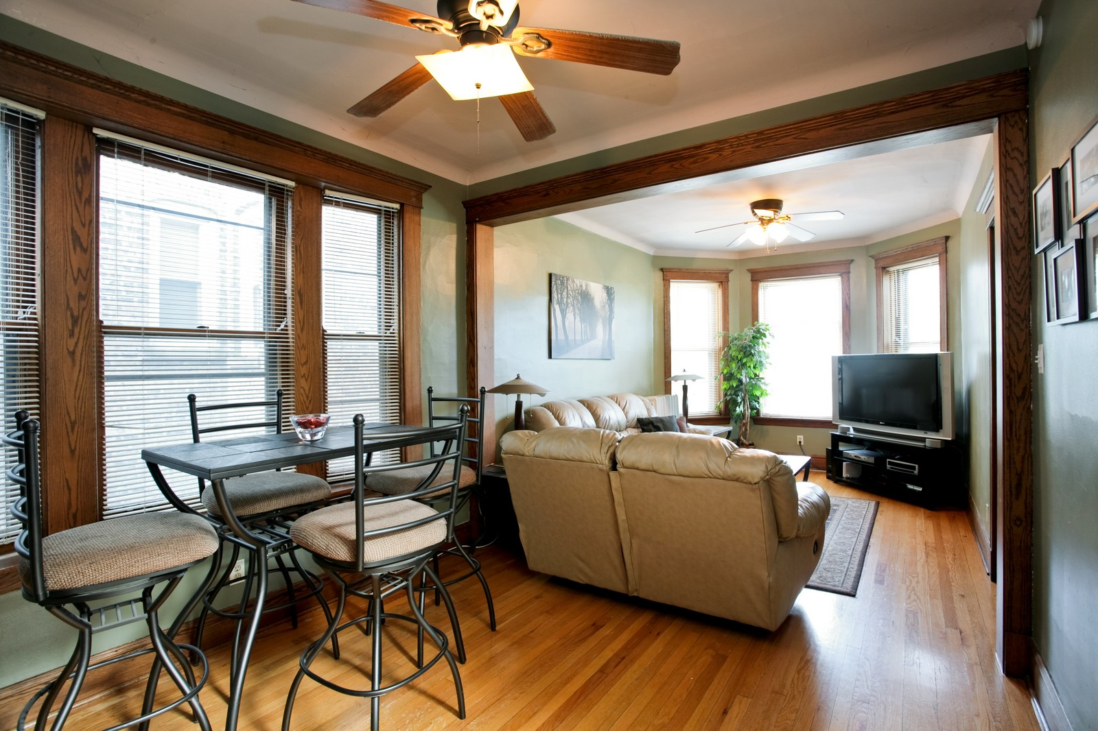 Real Estate Photography - 4113 N Ashland, Chicago, IL, 60613 - Living Rm/Family Rm
