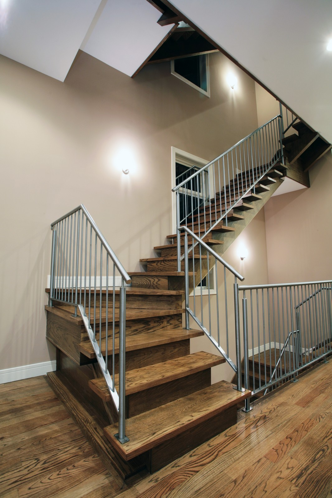 Real Estate Photography - 2340 W Ohio, Chicago, IL, 60612 - Staircase