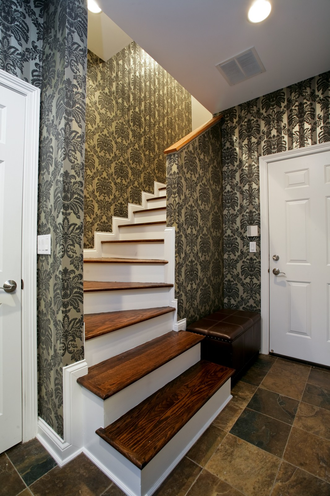 Real Estate Photography - 942 W Hubbard, Chicago, IL, 60622 - Staircase