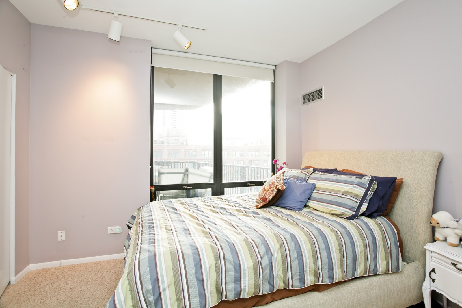 Real Estate Photography - 435 W Erie, Unit 807, Chicago, IL, 60654 - 2nd Bedroom