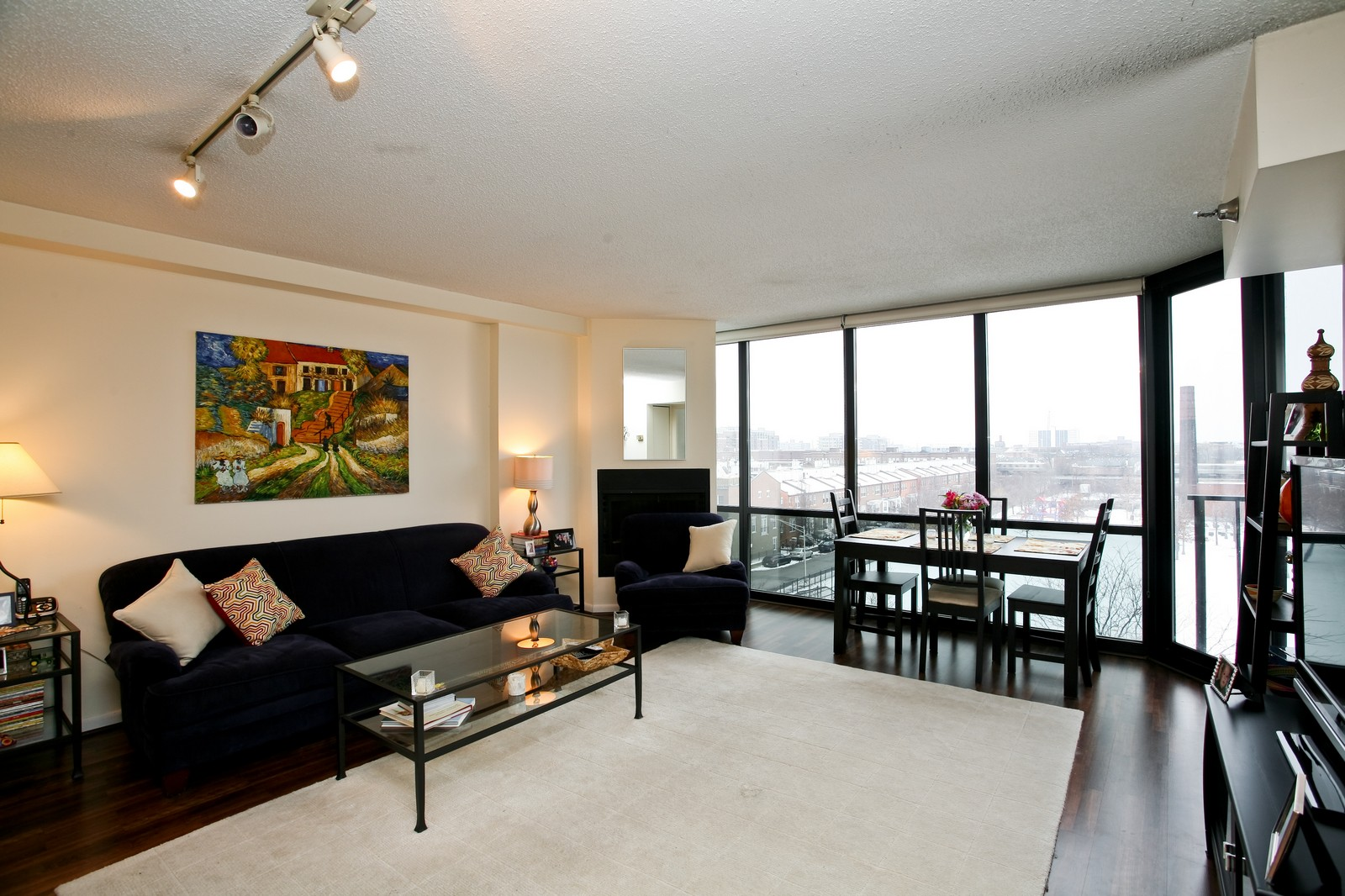 Real Estate Photography - 1309 N Wellls, Unit 501, Chicago, IL, 60654 - Living Room