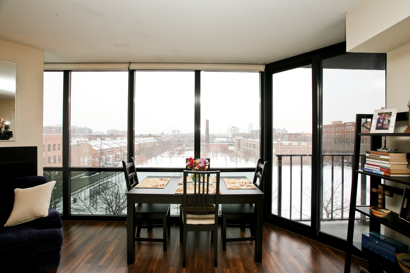Real Estate Photography - 1309 N Wellls, Unit 501, Chicago, IL, 60654 - Dining Room