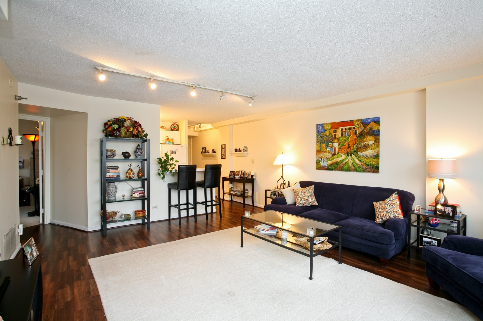 Real Estate Photography - 1309 N Wellls, Unit 501, Chicago, IL, 60654 - Kitchen / Living Room
