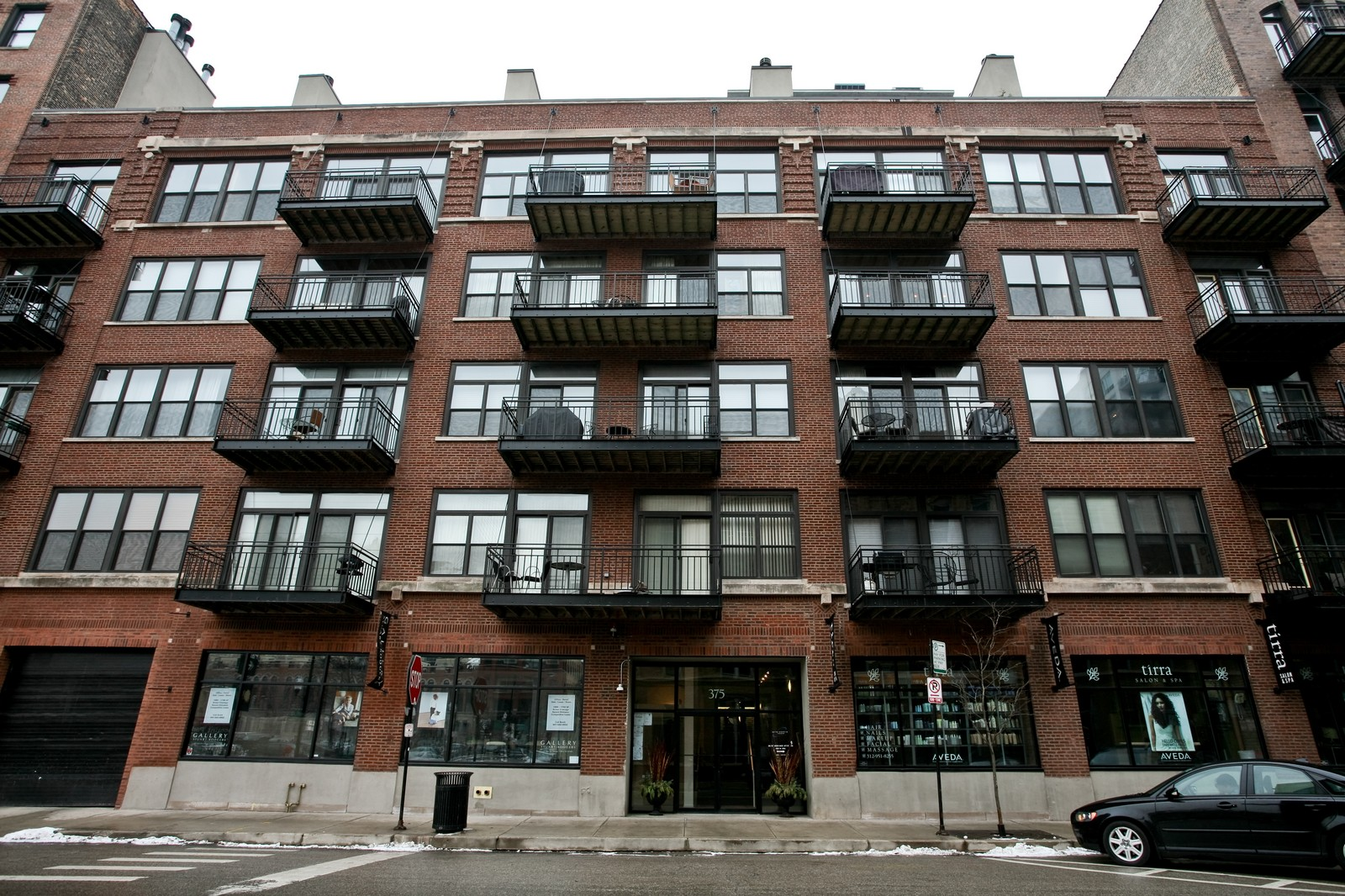 Real Estate Photography - 375 W Erie, Unit 305, Chicago, IL, 60654 - Front View