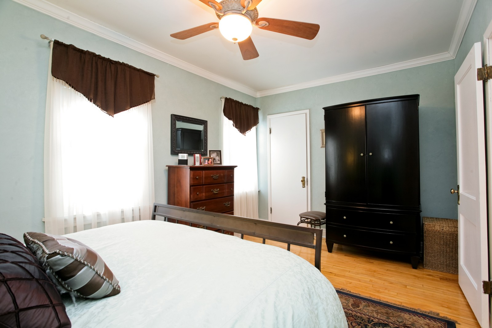 Real Estate Photography - 4549 N Springfield, Chicago, IL, 60625 - Master Bedroom