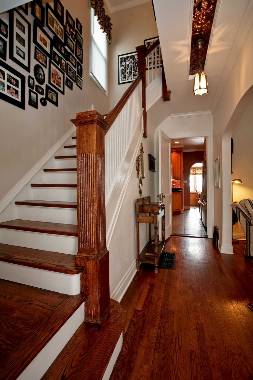 Real Estate Photography - 4549 N Springfield, Chicago, IL, 60625 - Entryway