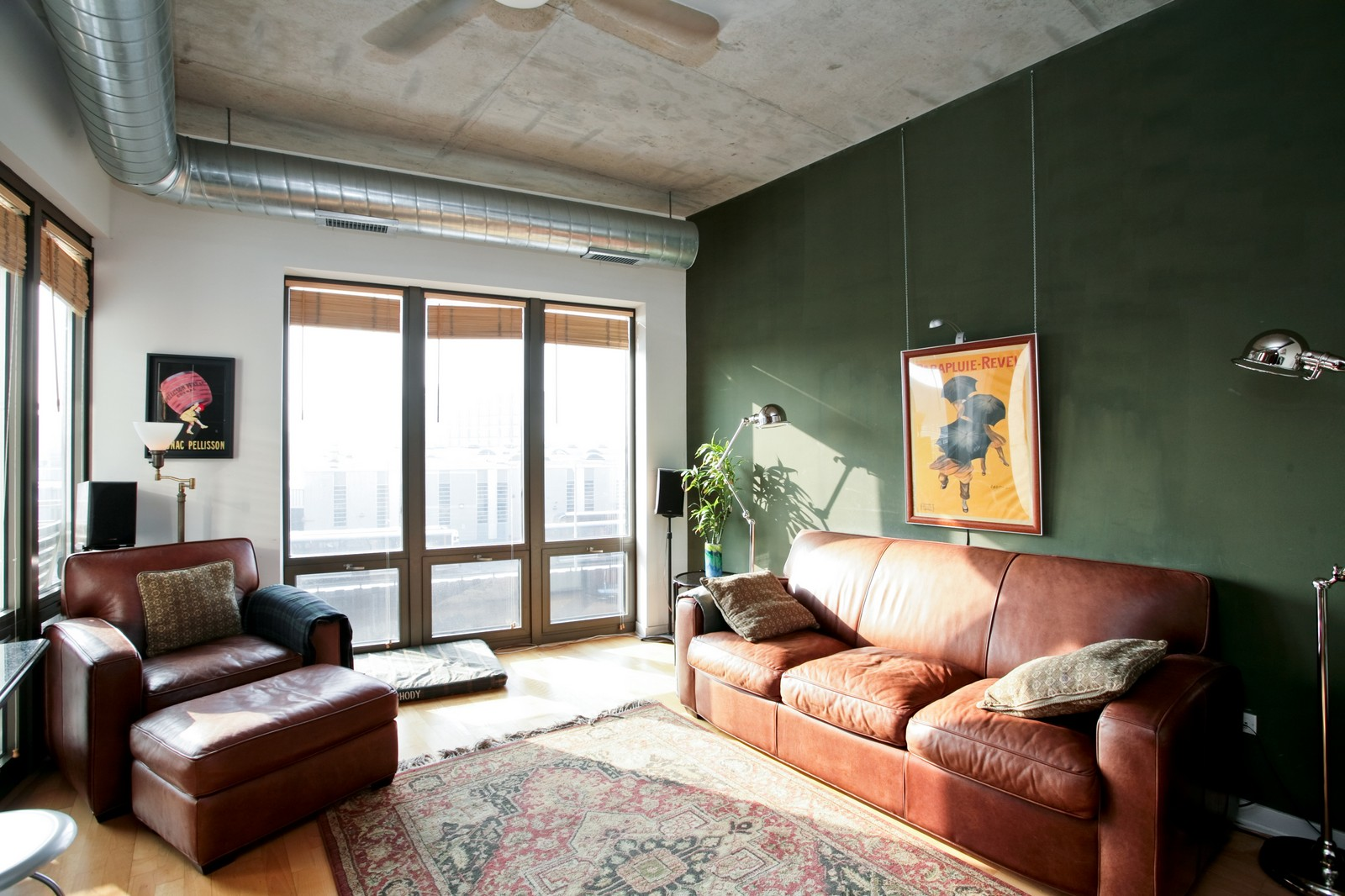 Real Estate Photography - 1000 N Kingsbury, Unit 301, Chicago, IL, 60654 - Living Room