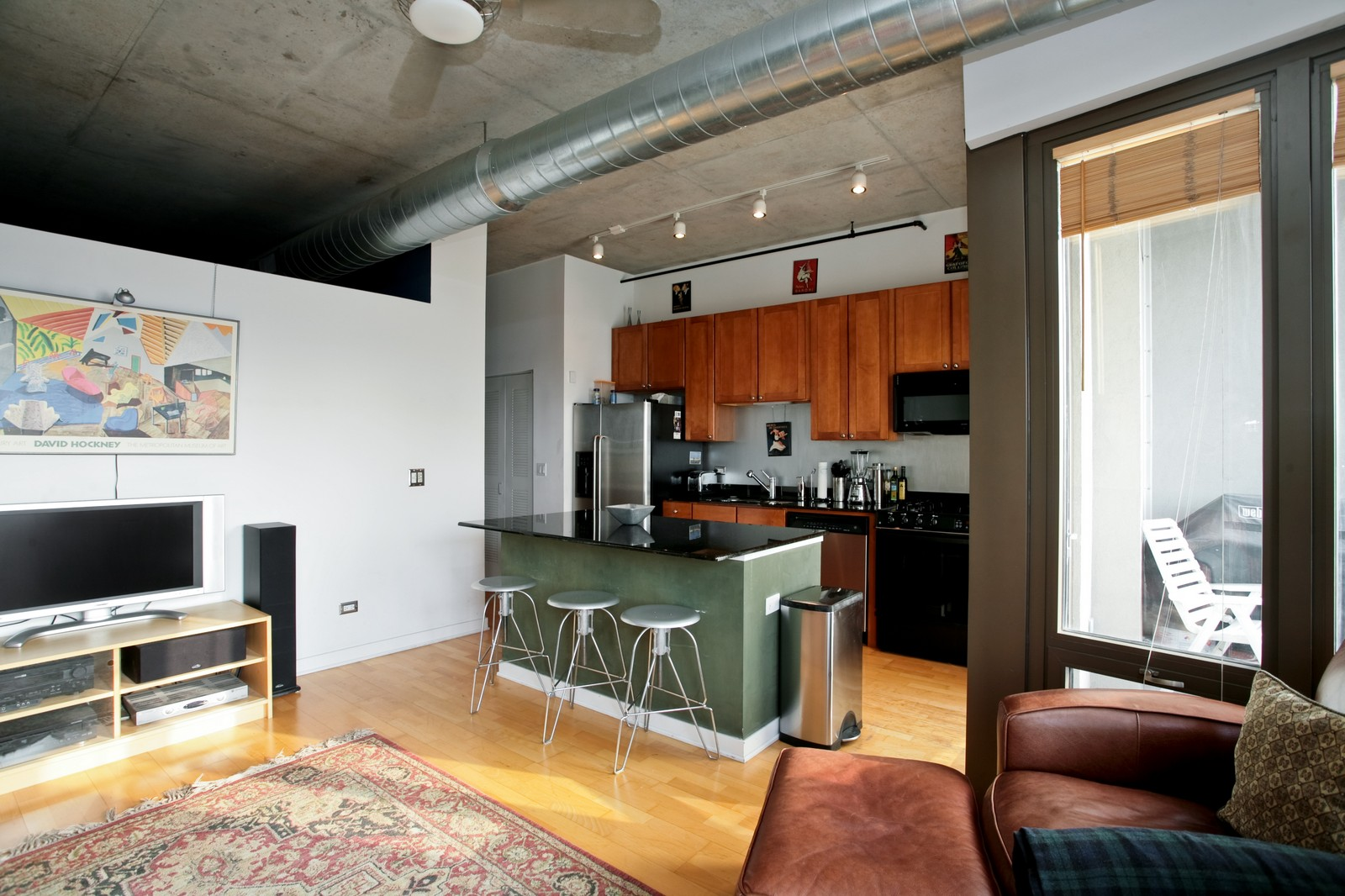 Real Estate Photography - 1000 N Kingsbury, Unit 301, Chicago, IL, 60654 - Kitchen