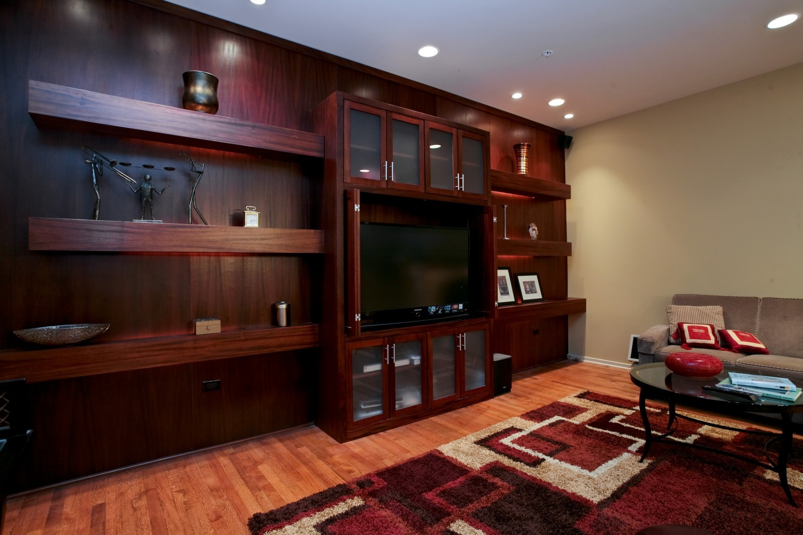 Real Estate Photography - 500 W Superior, Unit 703, Chicago, IL, 60654 - Family Room