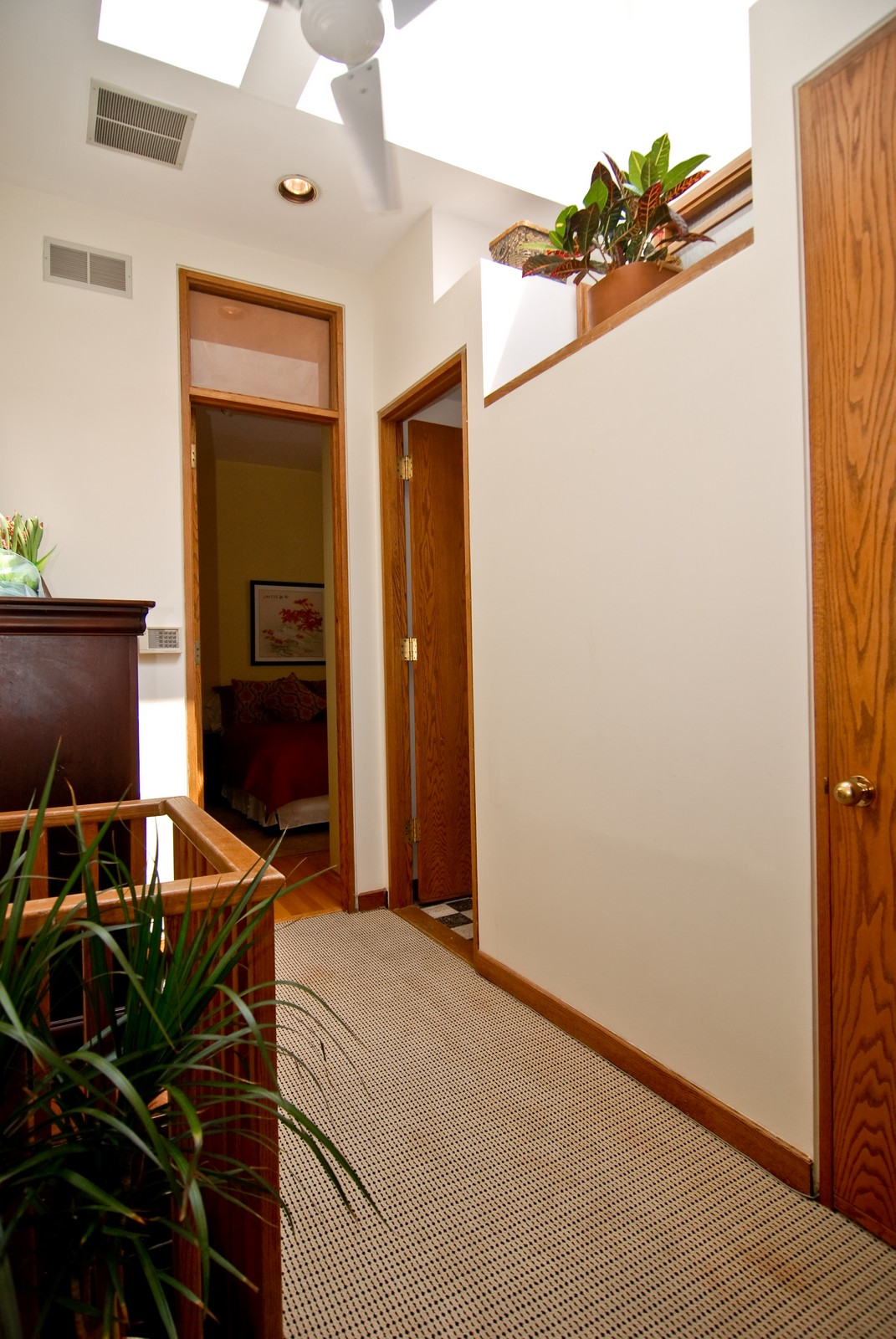 Real Estate Photography - 29 W Chestnut, Unit 3, Chicago, IL, 60610 - Hallway