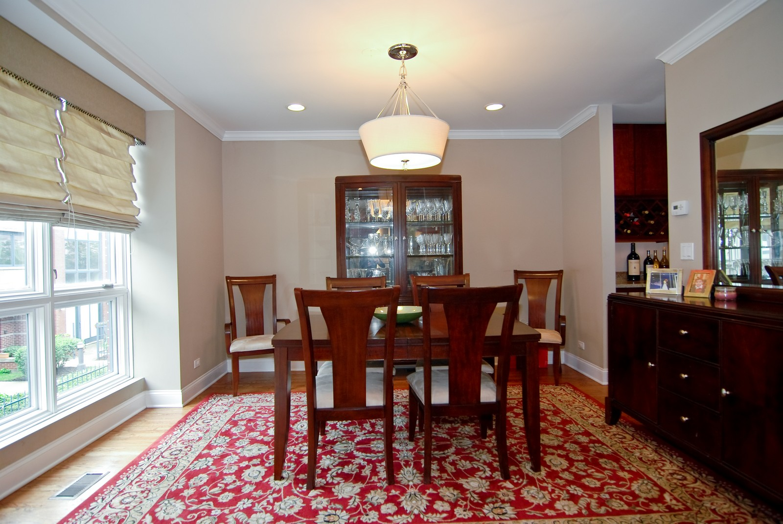 Real Estate Photography - 1416 S Federal, Unit D, Chicago, IL, 60605 - Dining Room