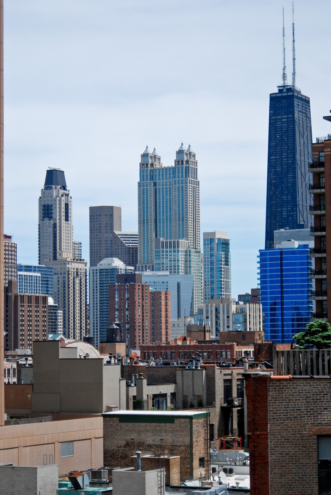 Real Estate Photography - 600 N Kingsbury, Unit 903, Chicago, IL, 60654 - City View