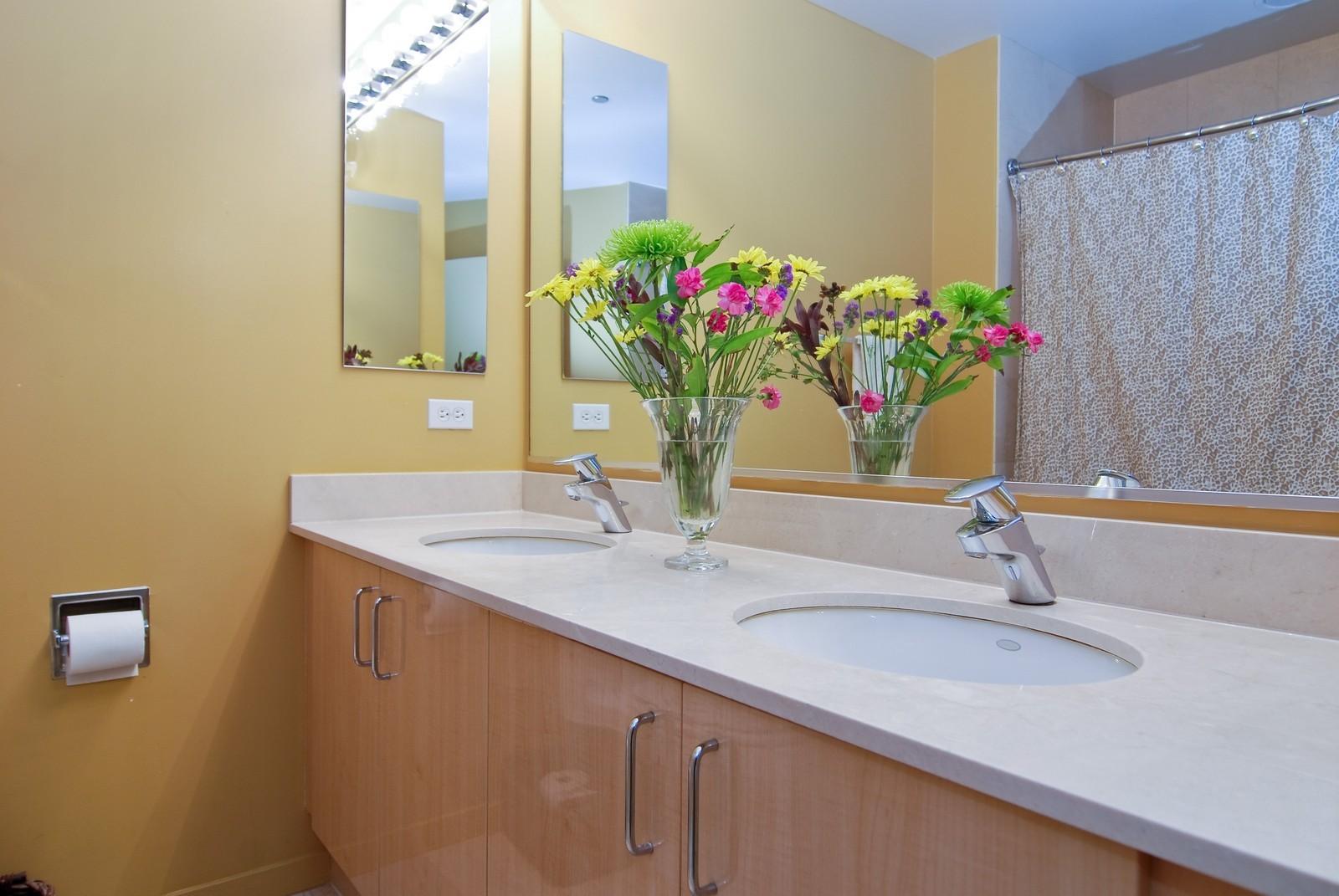 Real Estate Photography - 600 N Kingsbury, Unit 903, Chicago, IL, 60654 - Master Bathroom