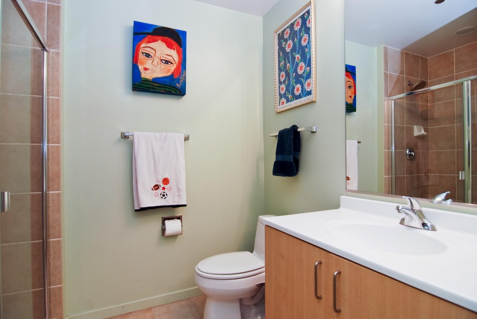 Real Estate Photography - 600 N Kingsbury, Unit 903, Chicago, IL, 60654 - Bathroom