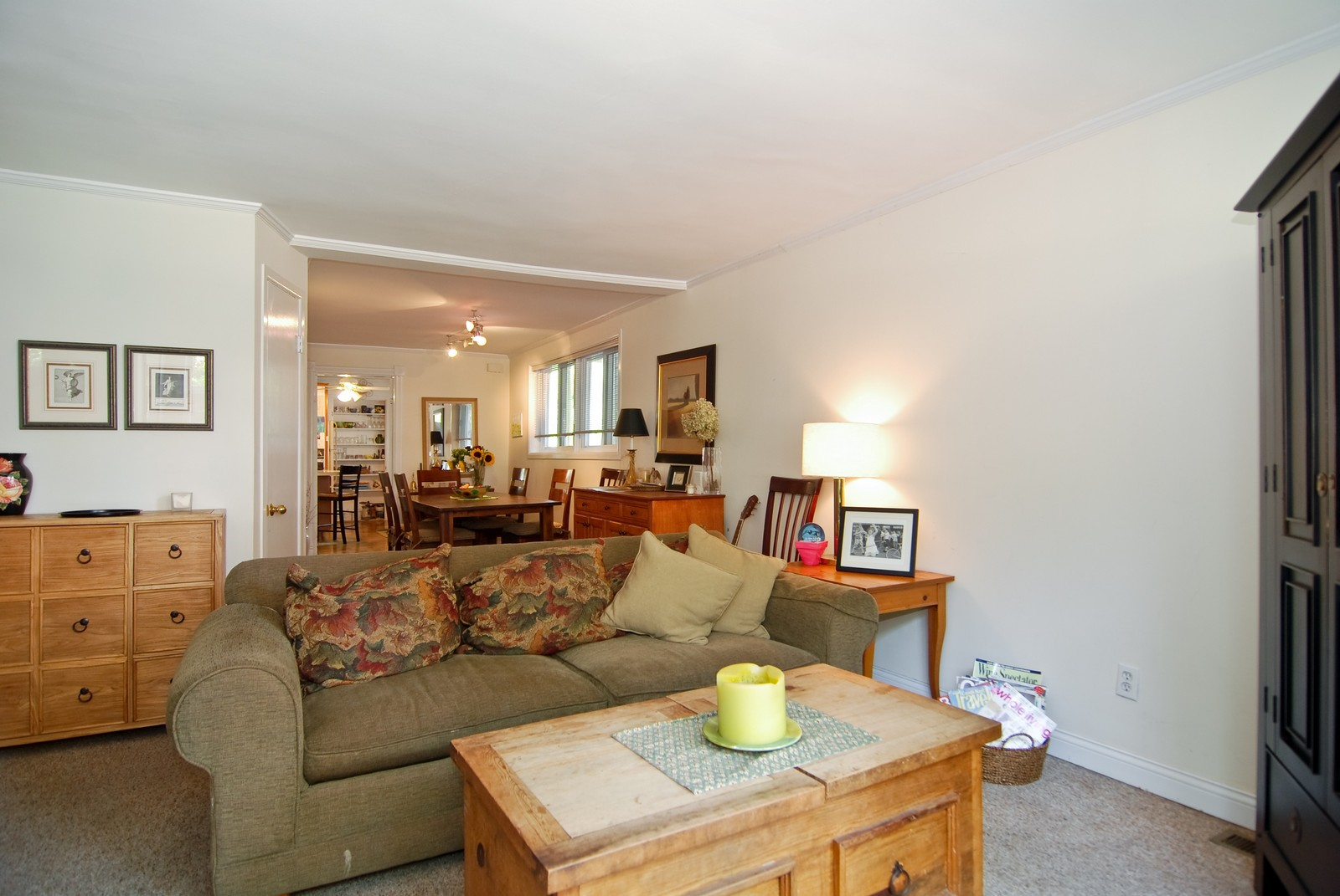 Real Estate Photography - 343 W Menomonee, Chicago, IL, 60614 - Living Room