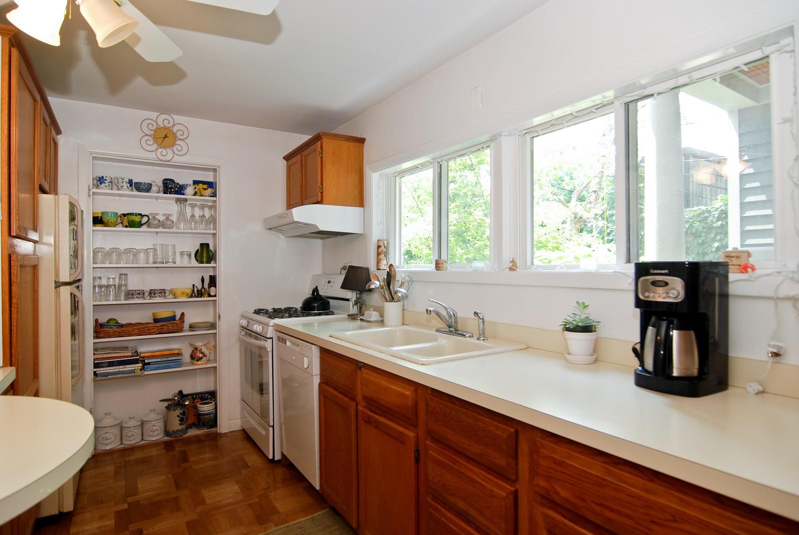 Real Estate Photography - 343 W Menomonee, Chicago, IL, 60614 - Kitchen