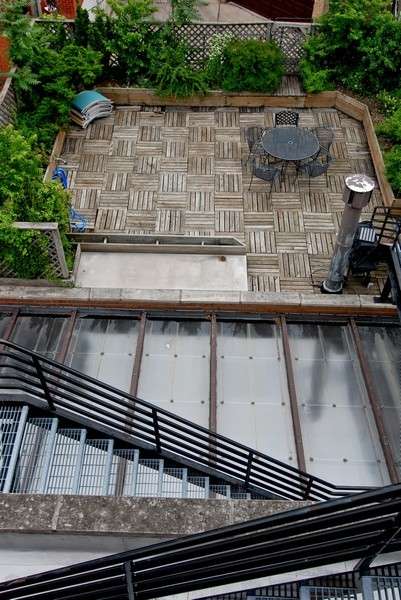 Real Estate Photography - 336 W Wisconsin, Chicago, IL, 60614 - Deck