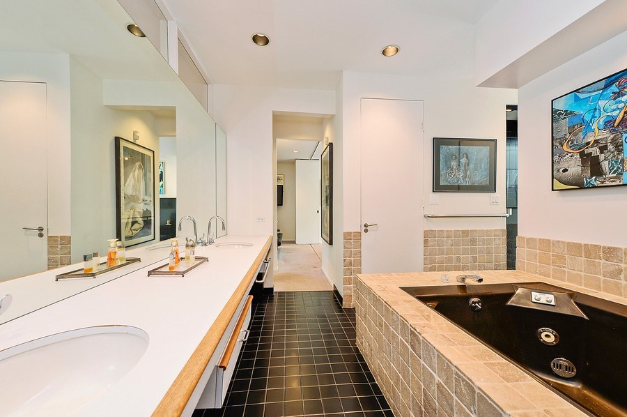 Real Estate Photography - 336 W Wisconsin, Chicago, IL, 60614 - 2 floor Master Bathroom