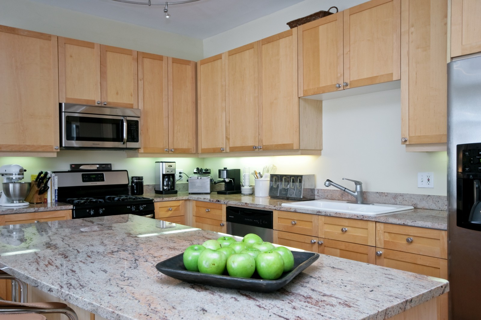 Real Estate Photography - 535 N Wood, Chicago, IL, 60622 - Kitchen