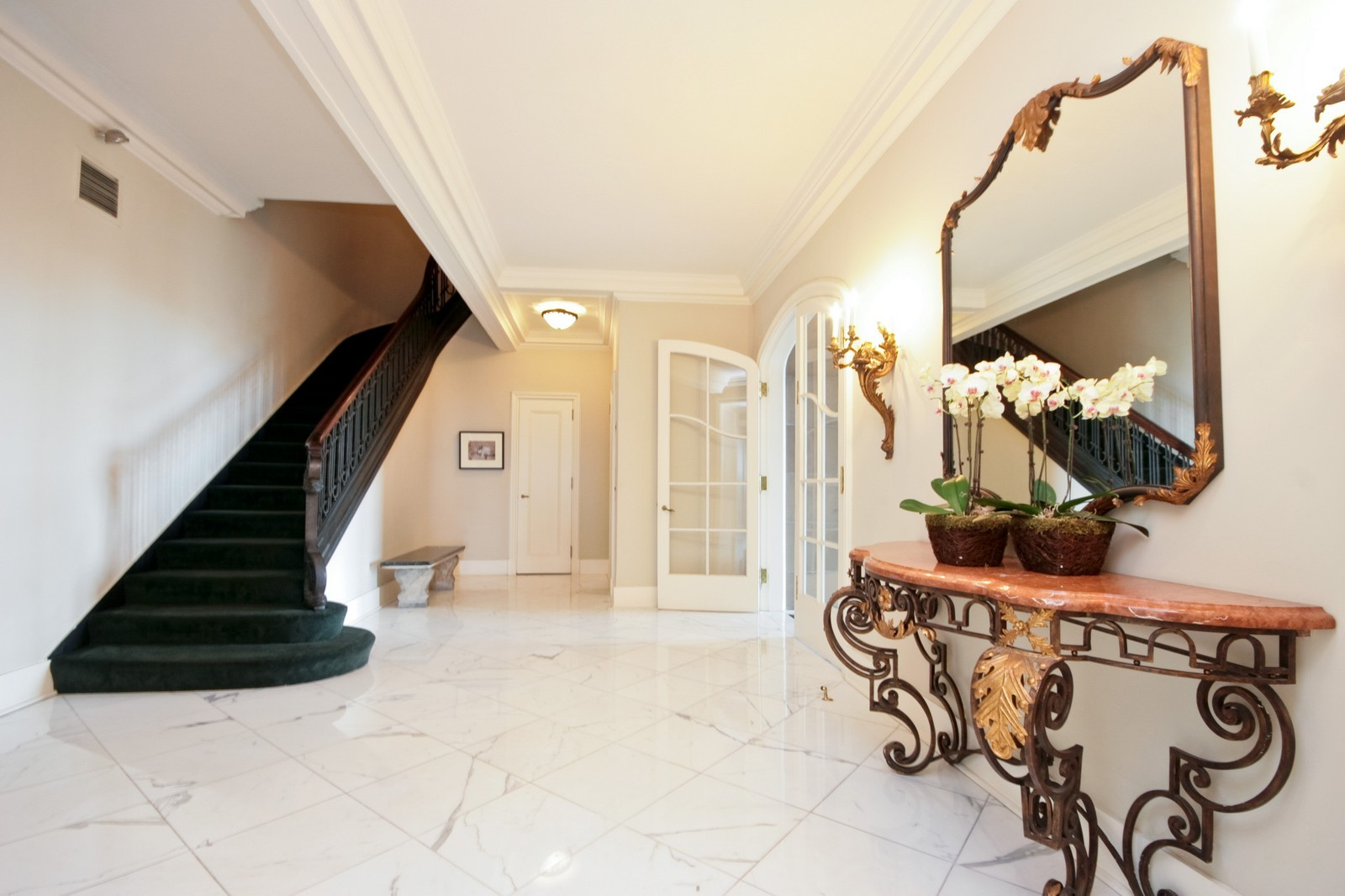 Real Estate Photography - 999 N Lake Shore, Unit 2A, Chicago, IL, 60611 - Foyer