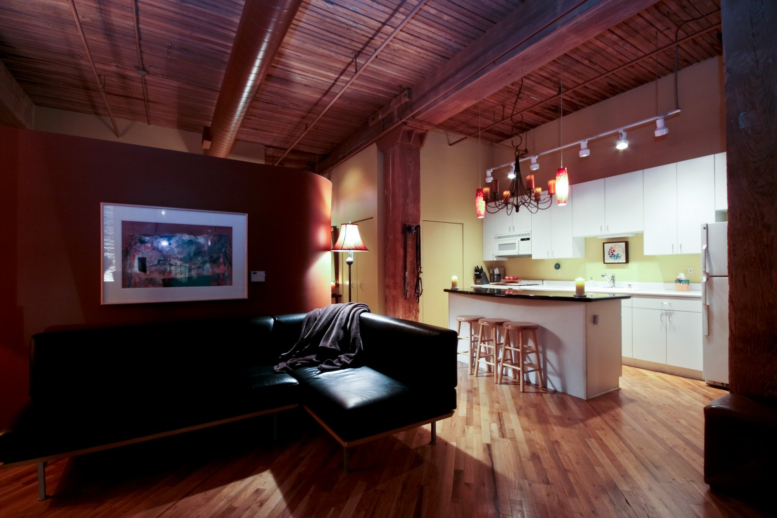 Real Estate Photography - 550 N Kingsburg, Unit 112, Chicago, IL, 60654 - Living Room