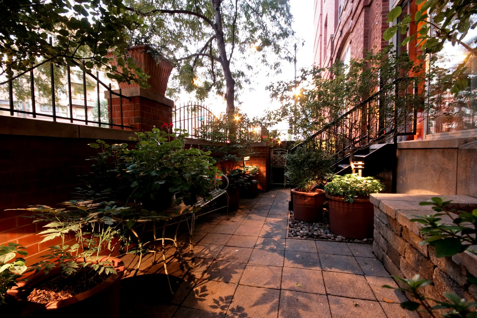 Real Estate Photography - 550 N Kingsburg, Unit 112, Chicago, IL, 60654 - Patio