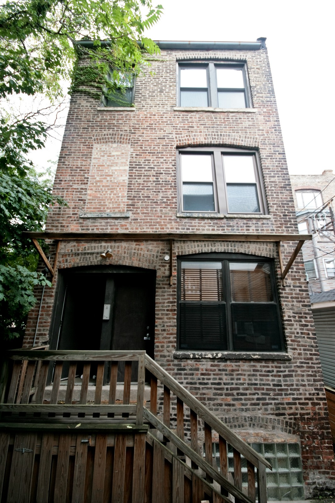 Real Estate Photography - 464 N Aberdeen, Unit 2R, Chicago, IL, 60610 - Front View