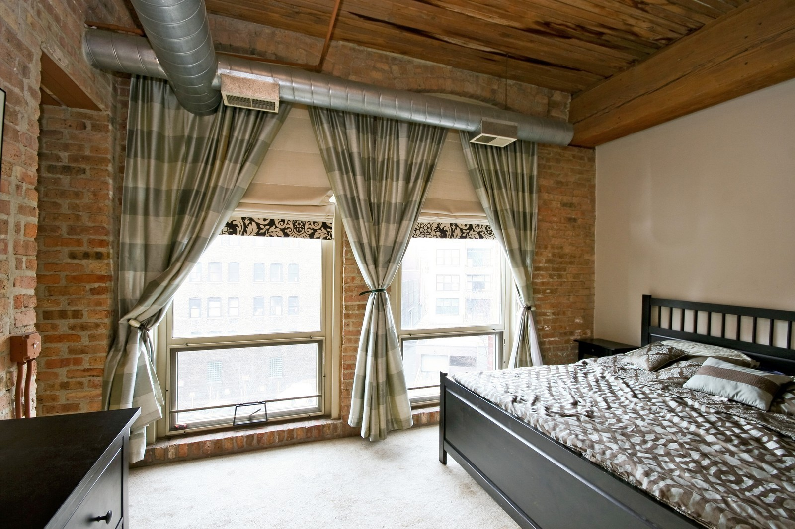 Real Estate Photography - 550 N Kingsbury, Unit 414, Chicago, IL, 60654 - Master Bedroom