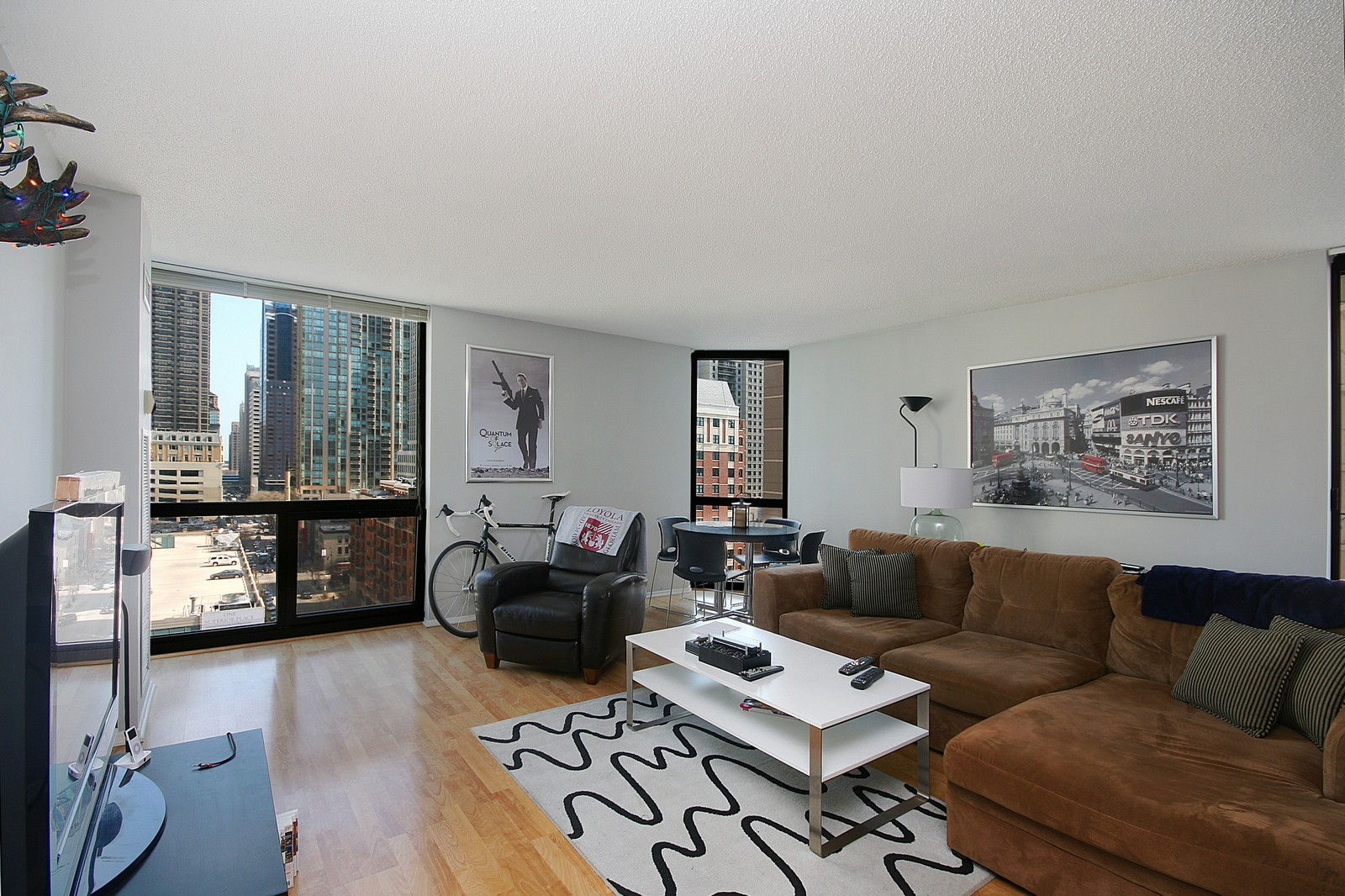 Real Estate Photography - 70 W Huron, Unit 1308, Chicago, IL, 60610 - Living Room