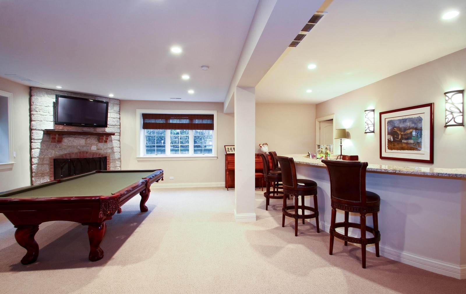 Real Estate Photography - 431 Adams Ave, Glencoe, IL, 60022 - What a great place to host a party!