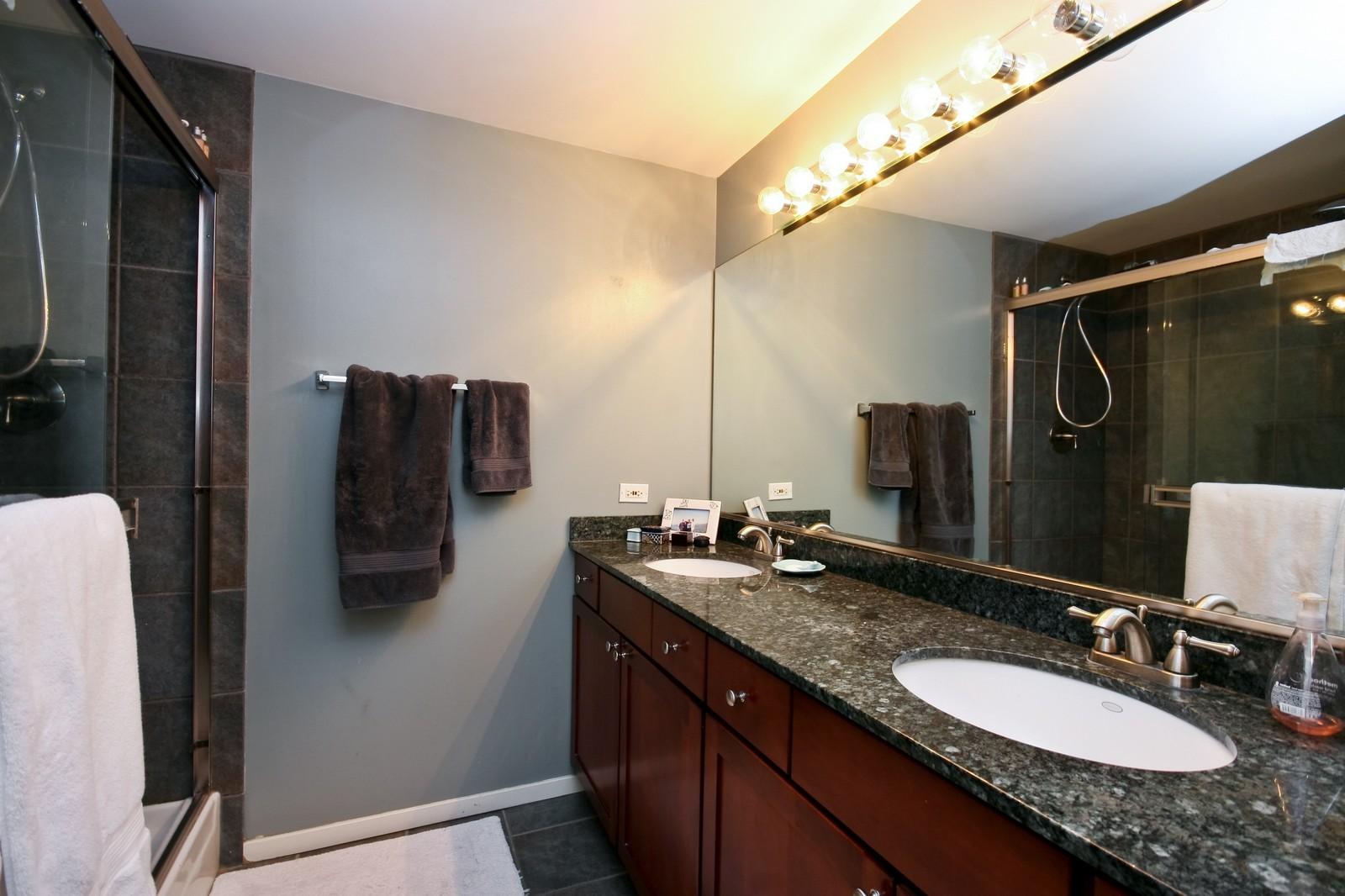 Real Estate Photography - 208 W Washington, Unit 2207, Chicago, IL, 60606 - Master Bathroom